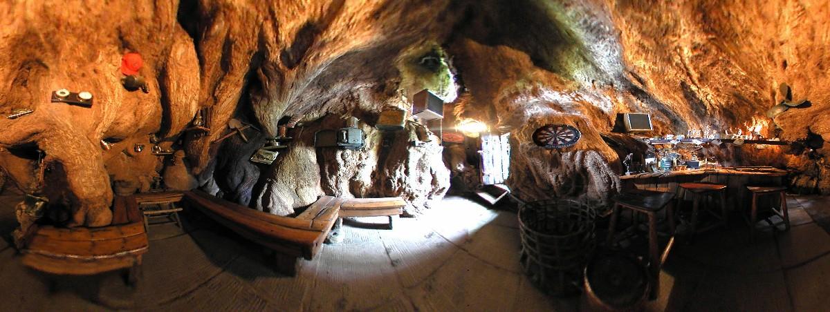 Дизайн интерьера бара Baobab Tree Bar