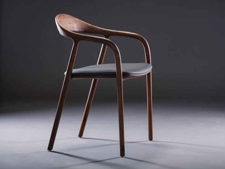 стул, дизайн Rudjer Novak-Mikulic, Marija Ruzic