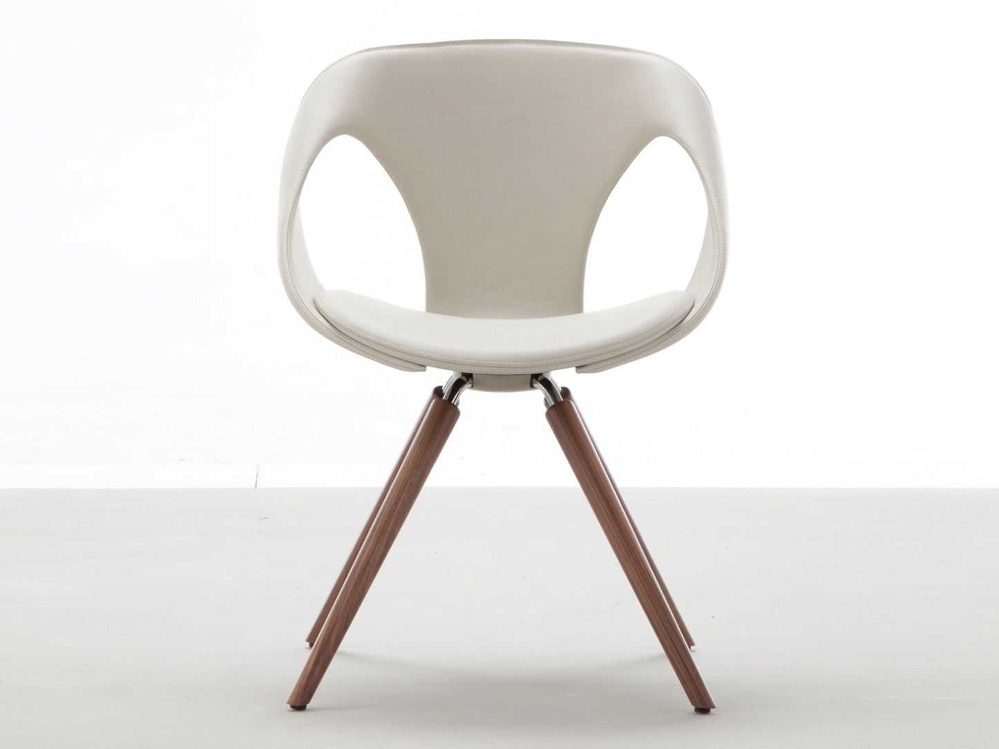 UP CHAIR