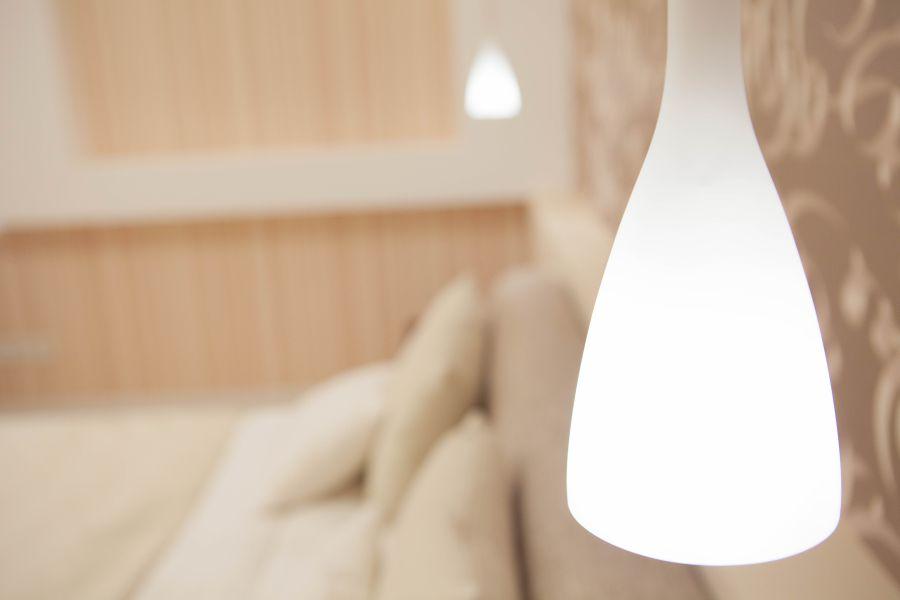 подбор освещения спальни