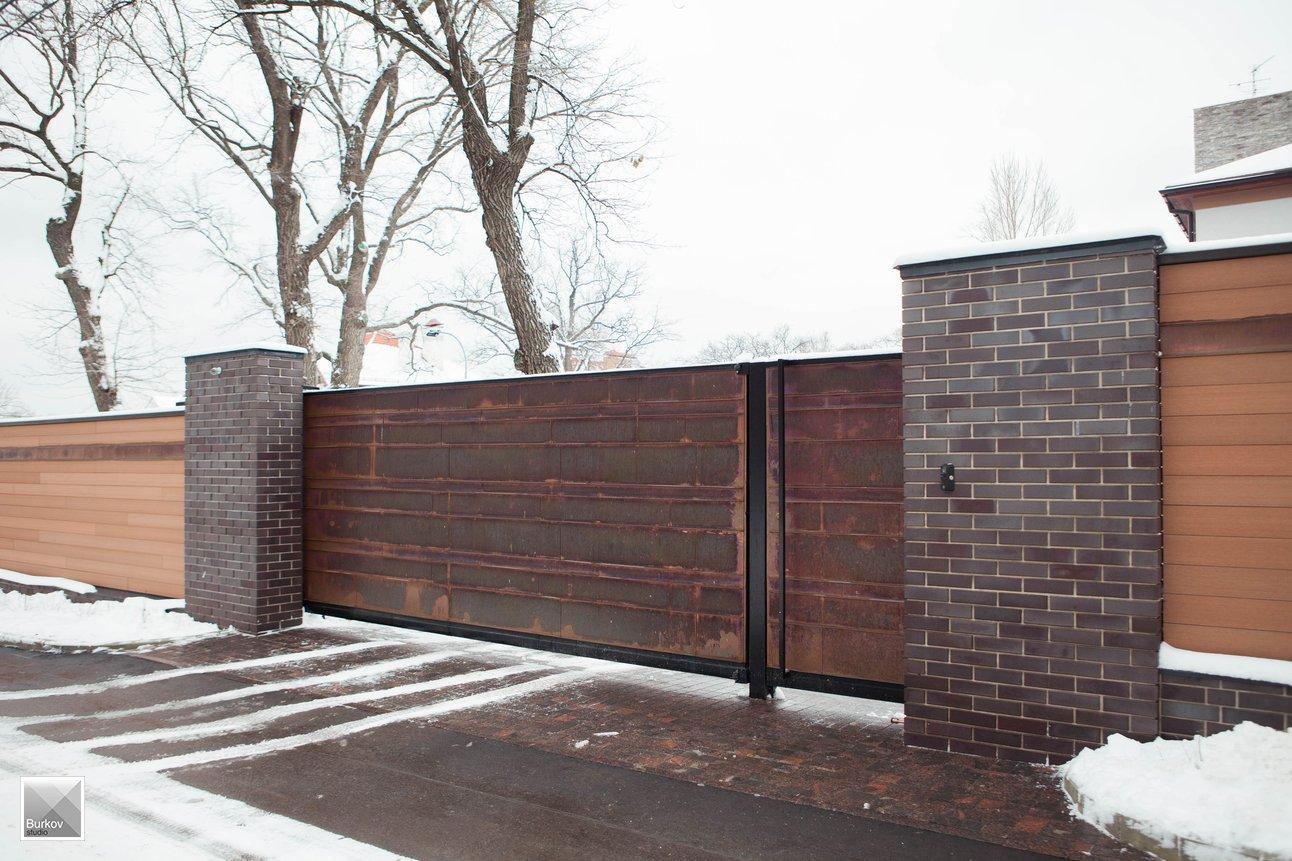 Въездные ворота современный дизайн