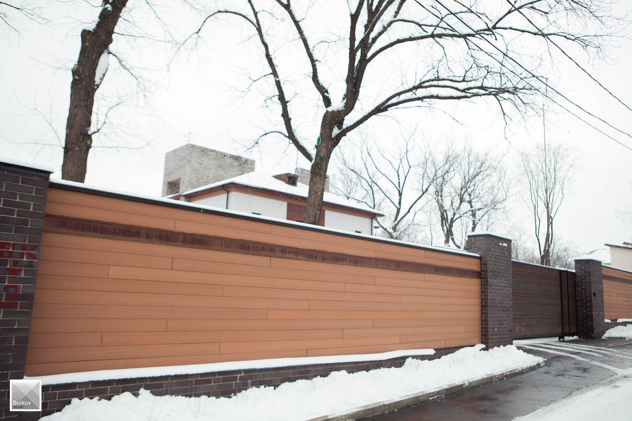 Забор и въездные ворота из меди